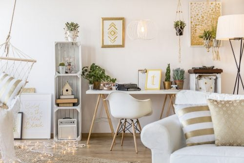 Suggestions for Decor with Gold and Silver
