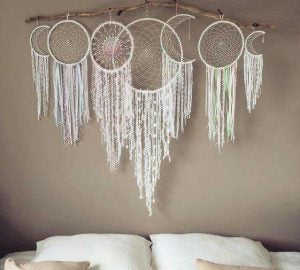 You can even use dreamcatchers to create a representation of the phases of the moon.