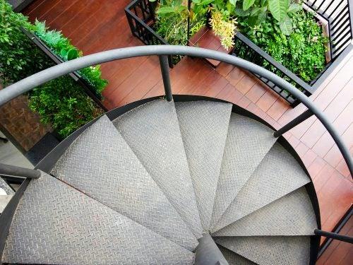 Spiral staircase 1