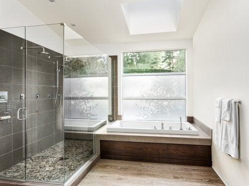 Bathroom floor5