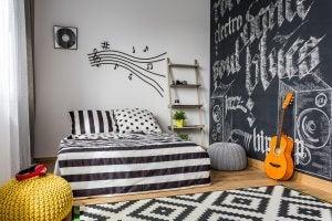 blackboard wall in the bedroom