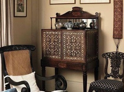 The Bargueño Desk: History and Tradition