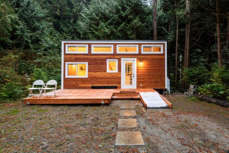 Our Tips on How to Decorate a Tiny Home