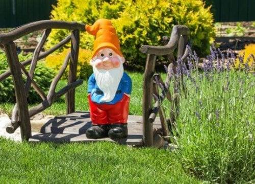 Backyard Fantasy Decor