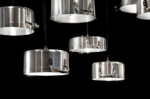 Use old saucepans as kitchen items to create unique light shades