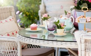 You don't need a huge table to have the perfect living room for taking afternoon tea.