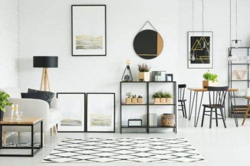 6 Ideas on How to Decorate Your Living Room With Mirrors