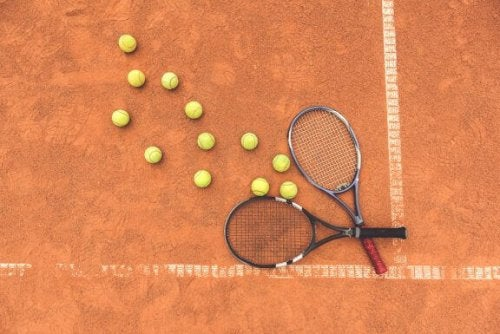 4 Creative Ways to Recycle Your Tennis Racket