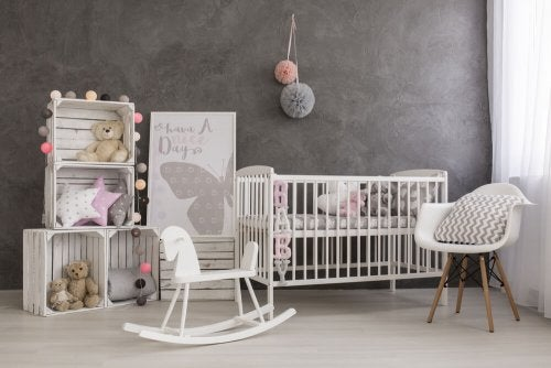 6 Tips for Decorating Your Nursery on a Budget