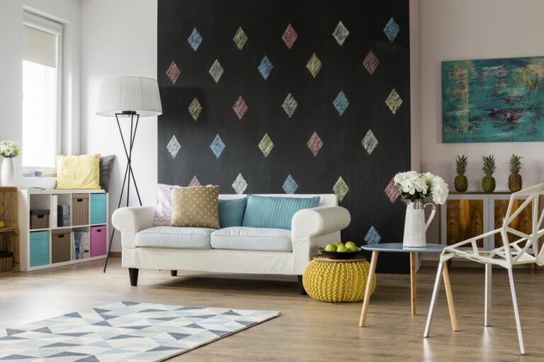 Decorate Like A Pro: How to Create a Focal Point