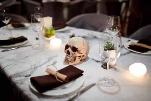 4 Spooky Halloween Ideas for Kitchens and Dining Rooms