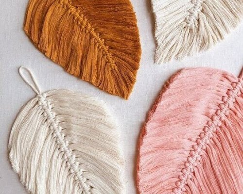 A gorgeous new part of the macrame trend is using these coasters