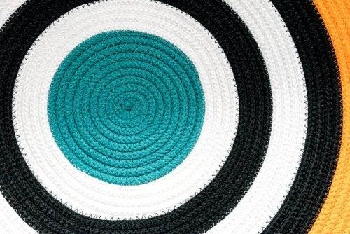 A circular rug for the bathroom