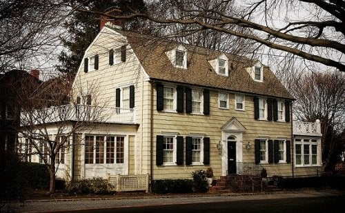 A dutch style colonial house.