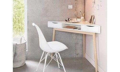 desk spaces corner