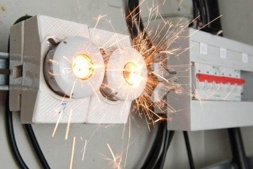 A machine generating an electric shock.