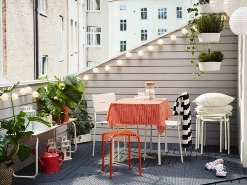 A spring terrace can be a great way to enjoy the weather.