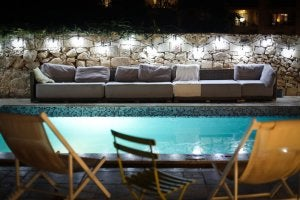 Colors and materials for a Mediterranean pool.