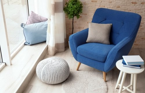 Kick Back and Relax: 3 Tips for Finding the Perfect Armchair