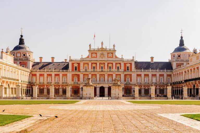 A Look Inside The Royal Palace of Aranjuez