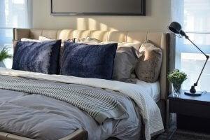Bedroom decor and sleep