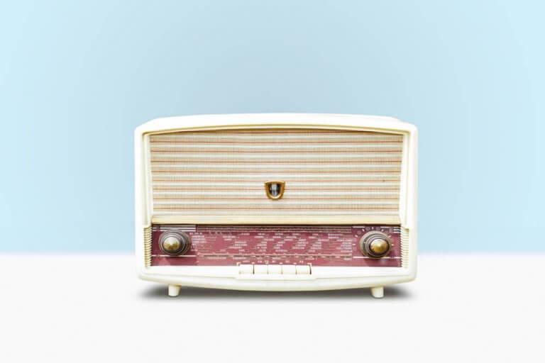 Vintage Music Sets for Living Room Decor