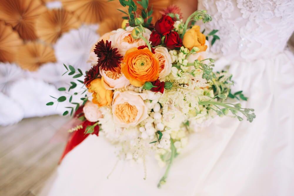 autumn wedding seasonal flowers