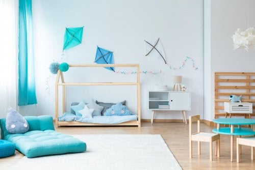 Decorate Your Children's Rooms with Kites