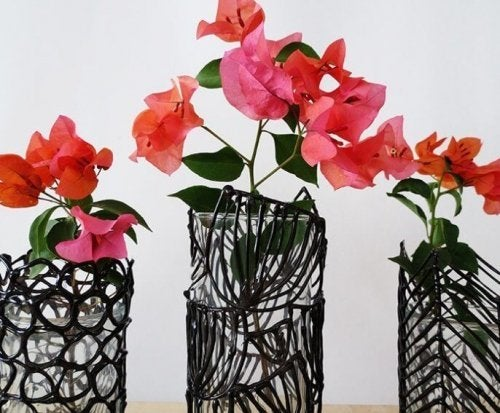 3D printed silicon vases.