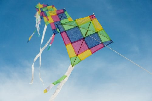 Custom Kites - Four Steps to Make Your Own