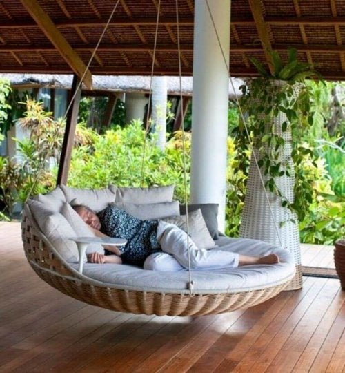 A swing bed.