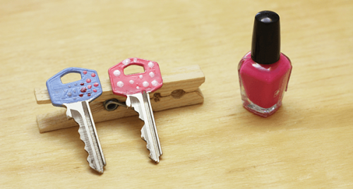 Decorate Your Keys Using Nail Polish