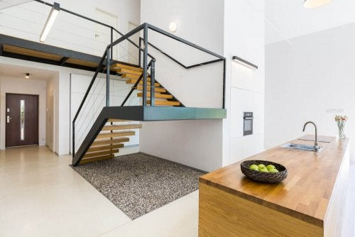 Square-shaped staircase in modern house.