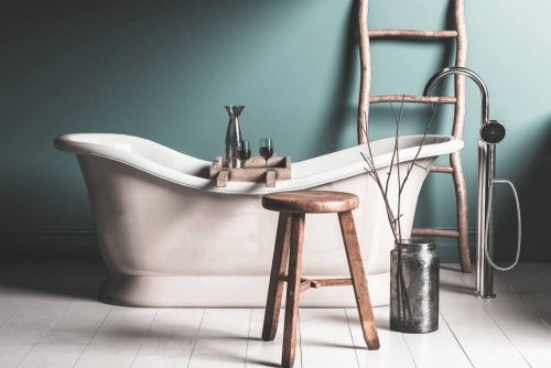 Decorative Accessories For Your Bathtub