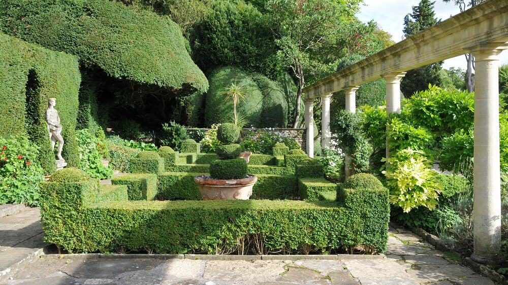 French gardens Italian gardens