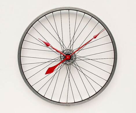 bicycle wheels clock