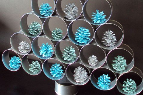 Christmas tree tin can