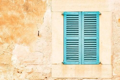 Blue Malloran shutter.