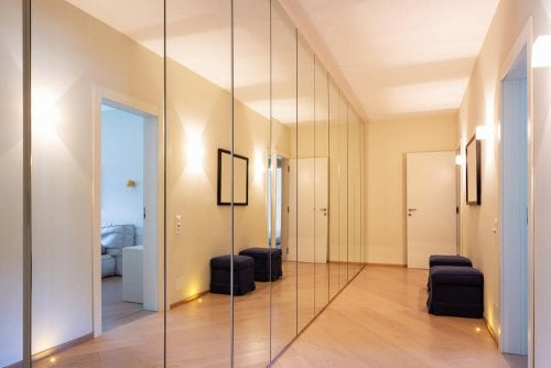 Halls and corridors look great with mirrors.