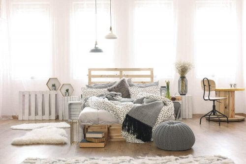 Space Saving Furniture for Your Bedroom — Decor Tips