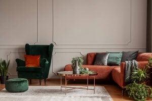 Classic living room decor.