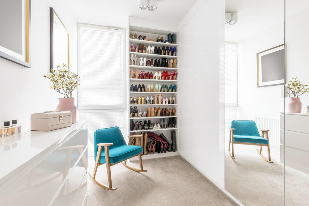 dressing room shoe rack