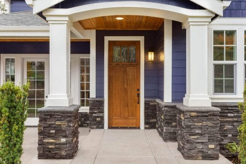 10 Interesting Ways to Design the Entrance of Your Home