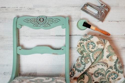 10 Creative Ideas for Using Chalk Paint