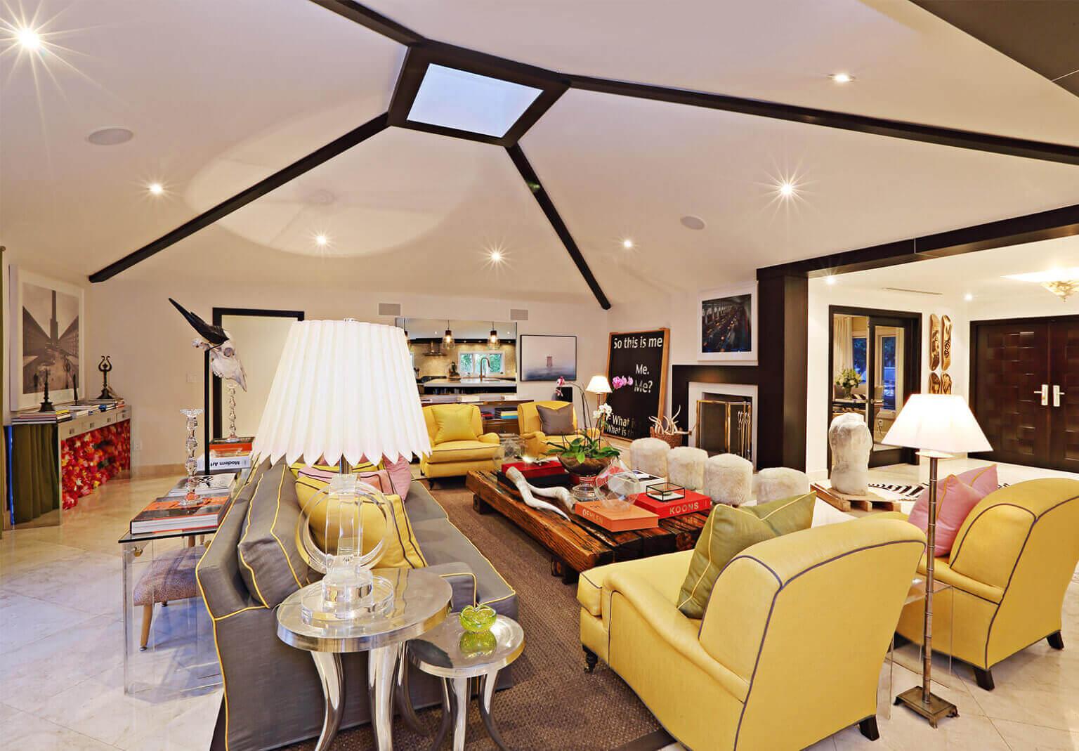 A contemporary living room designed by Hernan Arraiga