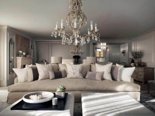 Kelly Hoppen: An Interior Designer Worthy of the Name