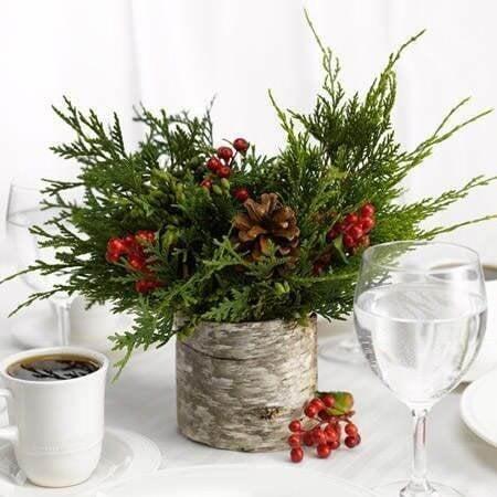 How To Use Mistletoe In Interior Decor