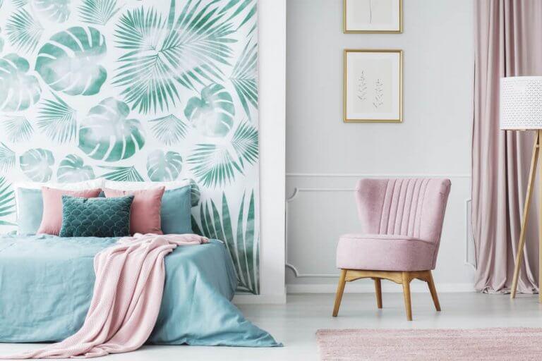 Wallpaper - Advantages and Drawbacks