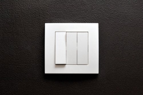5 Different Types of Light Switches in the Home