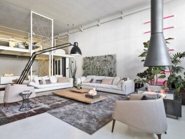 Tips For Maximizing A Room With A High Ceiling Decor Tips
